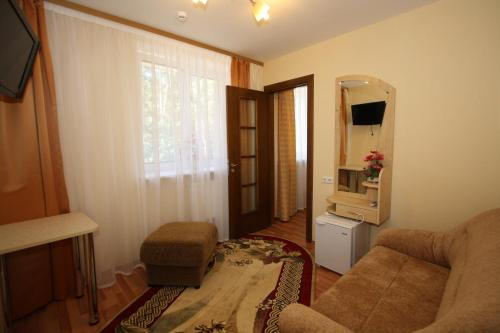 Habitacio 2 llits amb llit supletori (Twin Room with Extra Bed)