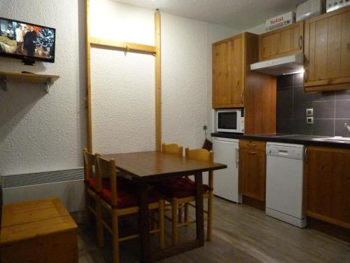 Classic One-Bedroom Appartment with Balcony (4 persons)