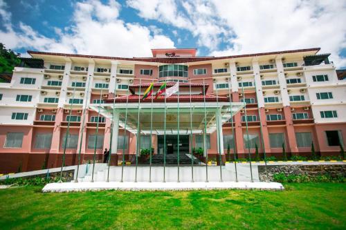 Отель Royal Taunggyi Hotel 3 звезды Мьянма