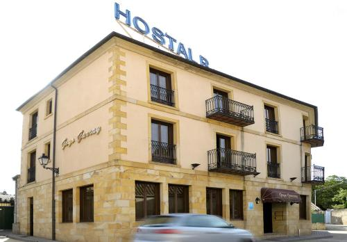 Hostal Goyo Garray