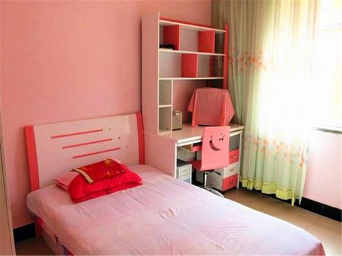 Отель Ejinaqi Damo Huyang Guesthouse 0 звёзд Китай