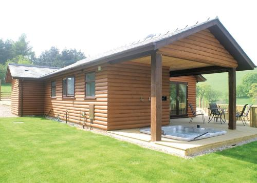 Lower Fishpools Holiday Log Cabins