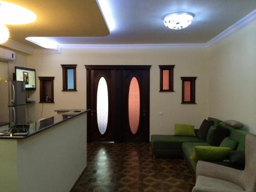 Two-Bedroom Apartment - Ulitsa Kazbegi 5/7