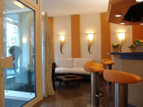 Hotel Cascade photo 2