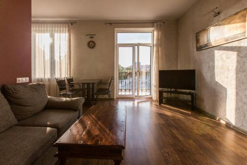 River view apartment in Old Town, Vilnius