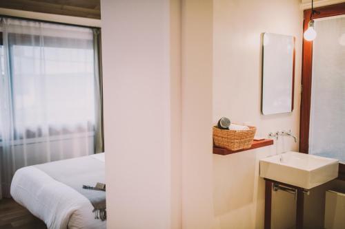 Double or Twin Room Hotel Villa Lorenea 2