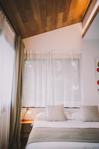 Double or Twin Room Hotel Villa Lorenea 3