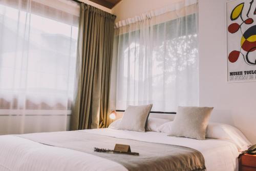 Double or Twin Room Hotel Villa Lorenea 4