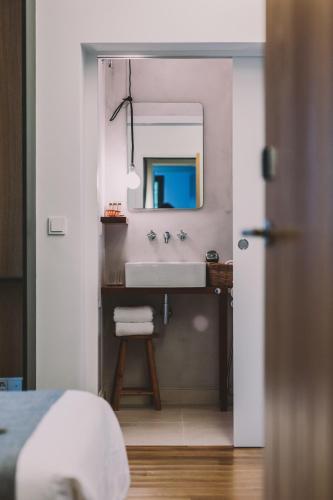 Double or Twin Room Hotel Villa Lorenea 9