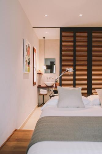 Habitación Doble Económica - No reembolsable Hotel Villa Lorenea 9