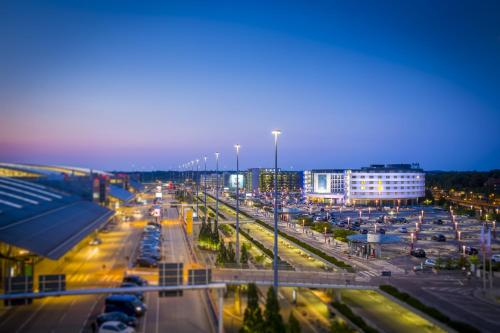 Radisson Blu Hotel, Hamburg Airport photo 42