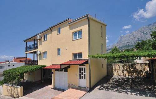 Apartment Makarska Biokovska III
