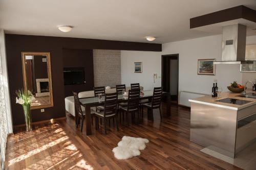 Apartment Palace Suite