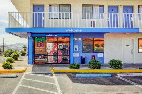 motel 6 st george saint george southwestern utah best. Black Bedroom Furniture Sets. Home Design Ideas
