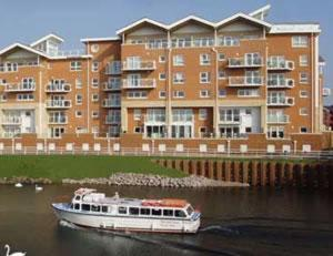 Photo of Century Wharf Serviced Apartments Hotel Bed and Breakfast Accommodation in Cardiff Cardiff