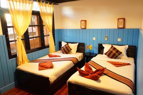 Picture of Manaw Thukha Hotel
