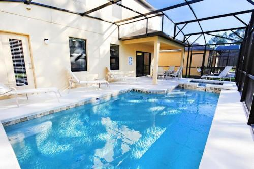 Cypress Pointe Pool Home 1121