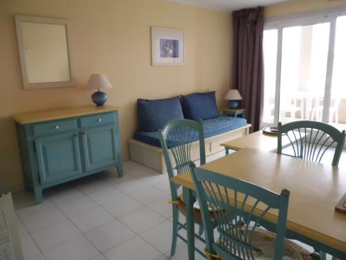 Apartment with Sea View - 80CH102