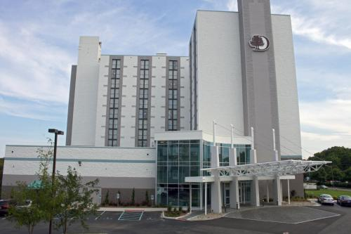 DoubleTree by Hilton Virginia Beach - Promo Code Details