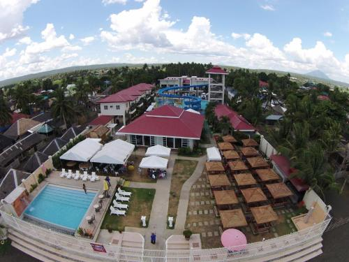 Cml Beach Resort & Waterpark