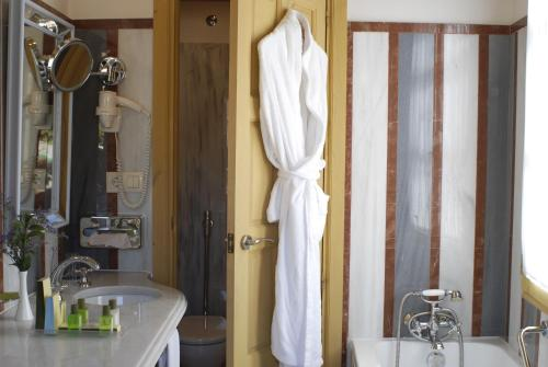 Habitación Doble Deluxe - 1 o 2 camas Las Casas de la Judería de Córdoba 1