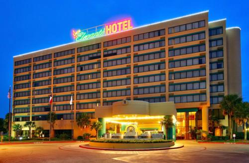 Mcm Eleganté Hotel & Conference Center