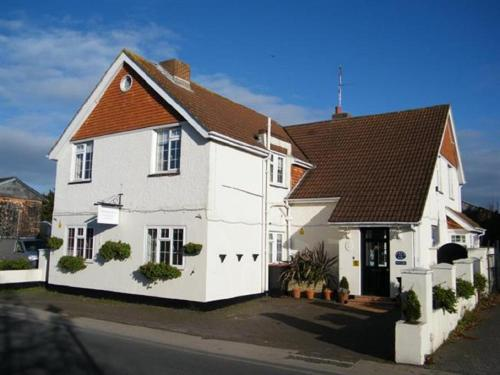 The Maples hotel in Hythe
