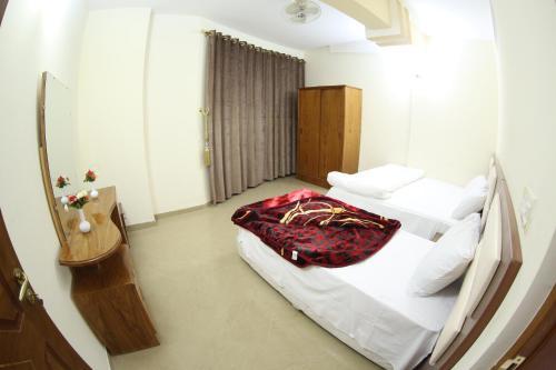 Al Taif Hotel
