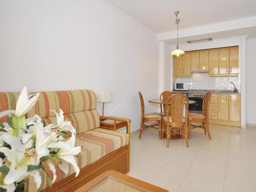 Apartments Ambar Beach Rating