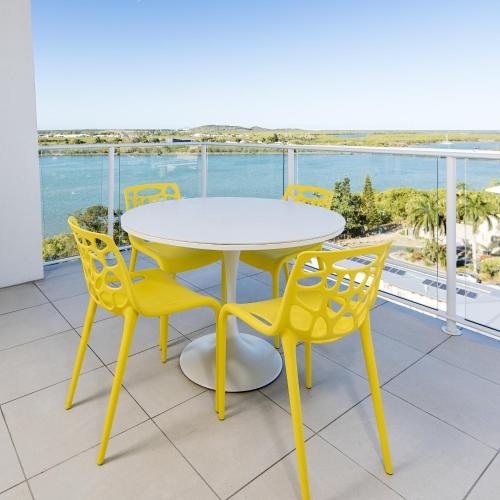 Riviera Mackay