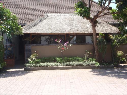 Отель Sindu Guest House 1 звезда Индонезия