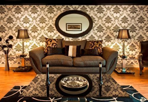 Photo of Oakhill Apartments Hotel Bed and Breakfast Accommodation in Edinburgh Edinburgh