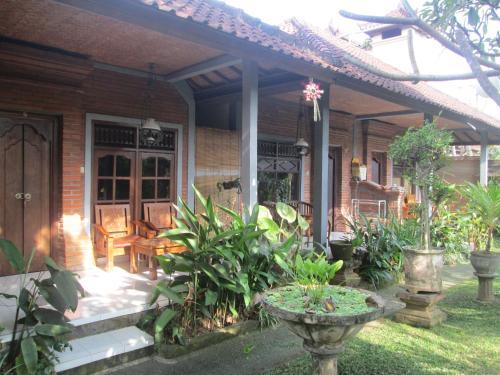 Wayan Family Homestay