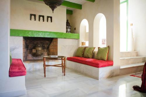 Suite Hotel Boutique Al- Ana Marbella 8