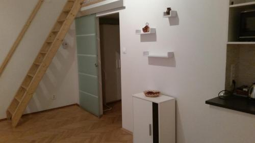 Studio Krakovska 1