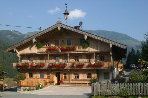 Kasperbauer - Apartment mit 3 Schlafzimmern und Balkon