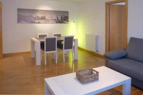 Отель Apartamentos en Pamplona 0 звёзд Испания