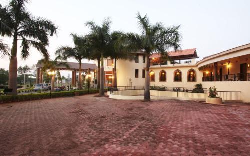 Greenarth Lakeview Resort