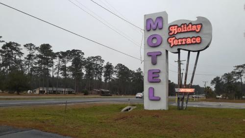 Holiday Terrace Motel