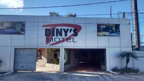 Dinys Motel (Adults Only)