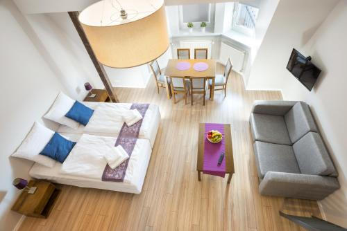 Emaus Apartments, Krakau