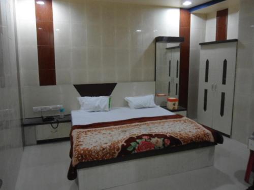 Krish Paradise Hotel