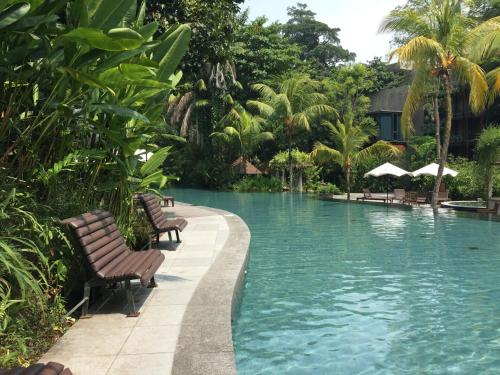 Siloso Beach Resort, Sentosa, Singapore, Sentosa Island ...  Siloso Beach Re...