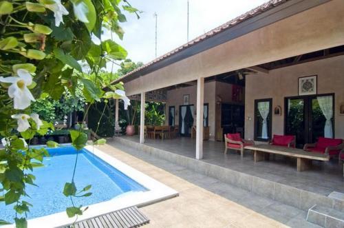 Отель Villa Madu 4 звезды Индонезия