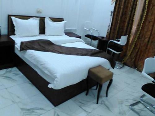 Hotel le Tresor 2