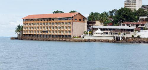 Sierra Lighthouse Hotel, Freetown