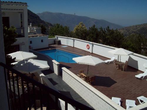 Hotel Villa de Bubion front view