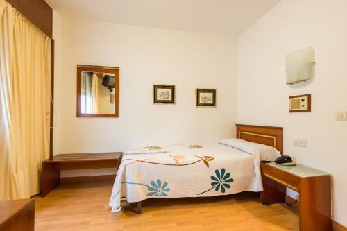 Hotel Residencia Rey Fernando 3