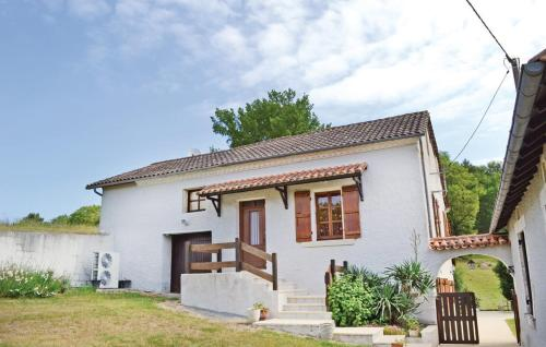 Holiday Home Les Combes