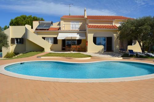 Villa in the Sun Armação de Pêra Algarve Portogallo